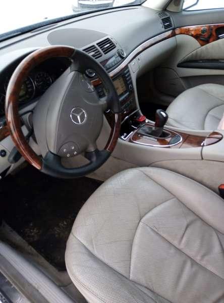 Mercedes BenzE-Class W211