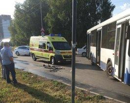 В Челябинске маршрутка сбила пешеходов