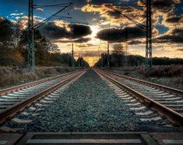 13-летний мотоциклист погиб на железной дороге в Миассе